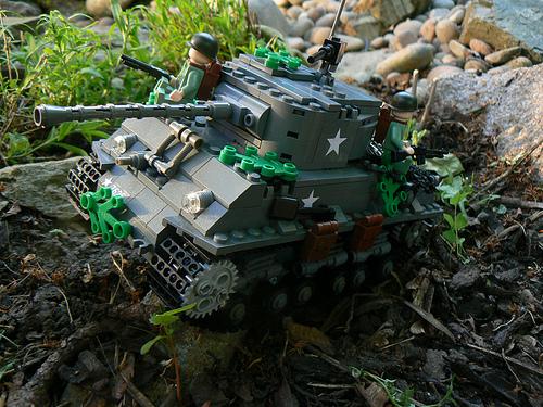 Lego army tank